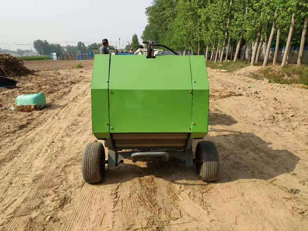 小麦秸秆捡拾压捆机批发厂