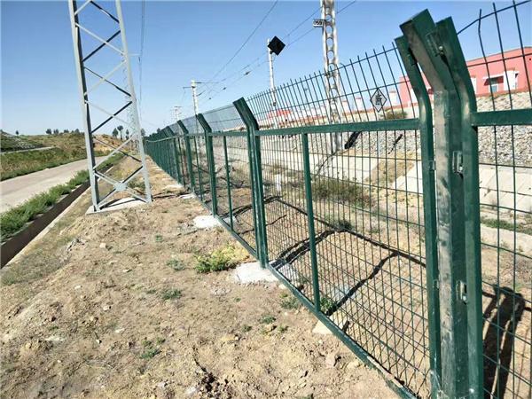 宿迁市高铁防护栅栏生产厂家