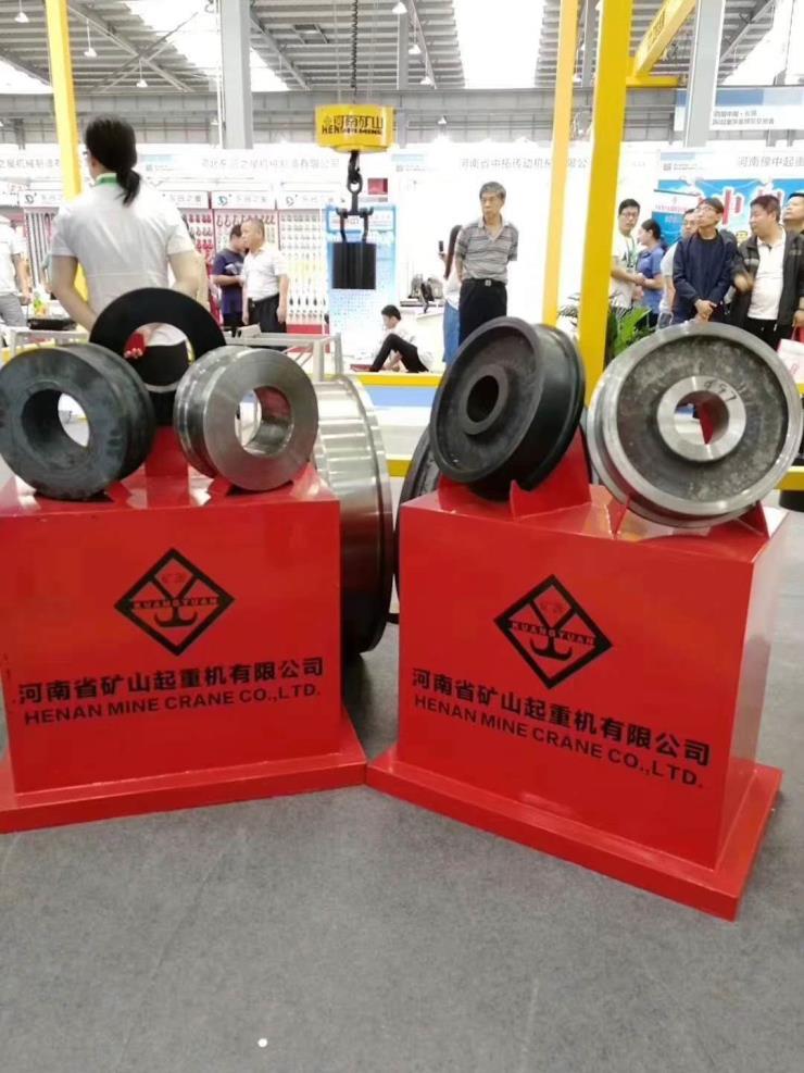A型20吨新型双主梁龙门吊起重机√河南省矿山厂家销售