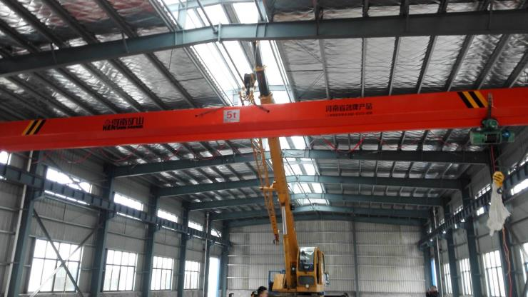 河南省矿山:LDA型12.5吨30米电动单梁起重机多