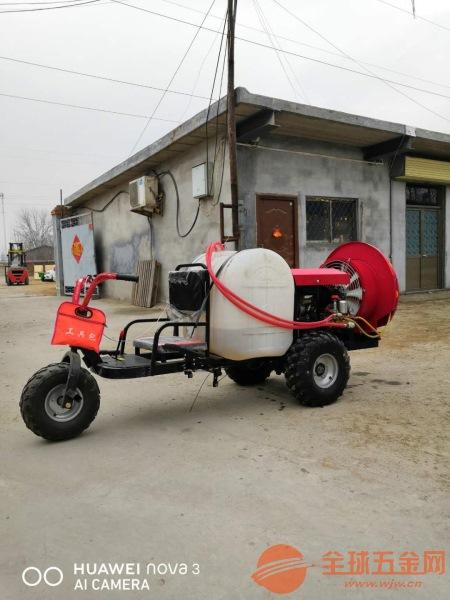 湛江自走式小麦打药机小麦玉米自驾打药机