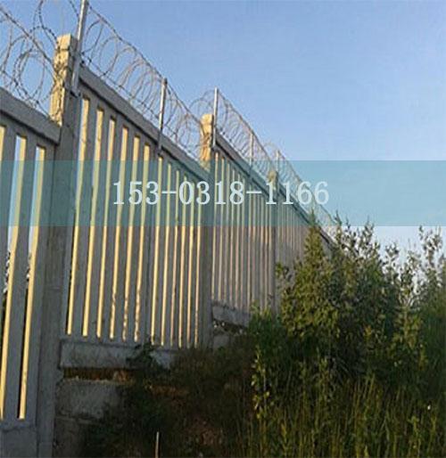 昆明防护栅栏加高网片生产厂家--安装教程