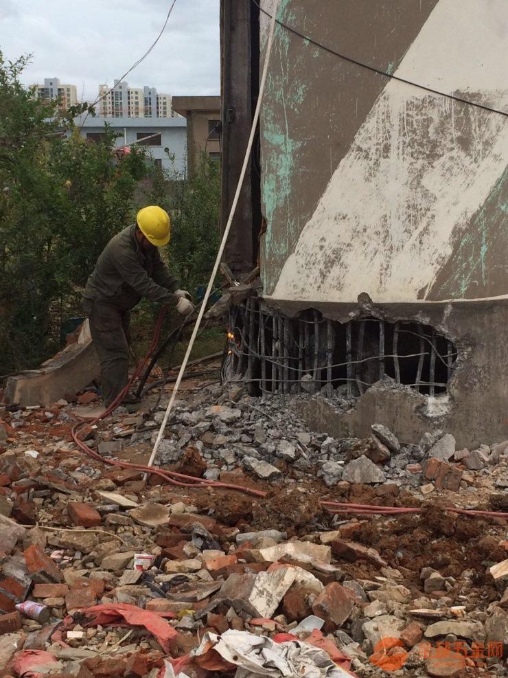 西安烟囱人工拆除公司/欢迎访问