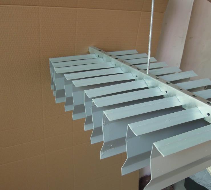 7字型挂片地铁站走廊专用天花吊顶