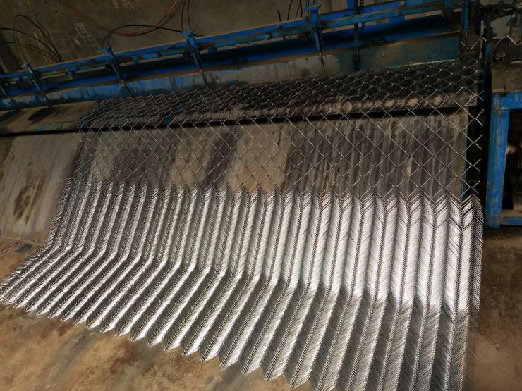 青海鍍鋅勾花網廠家綠化專用鍍鋅勾花網廠家直銷