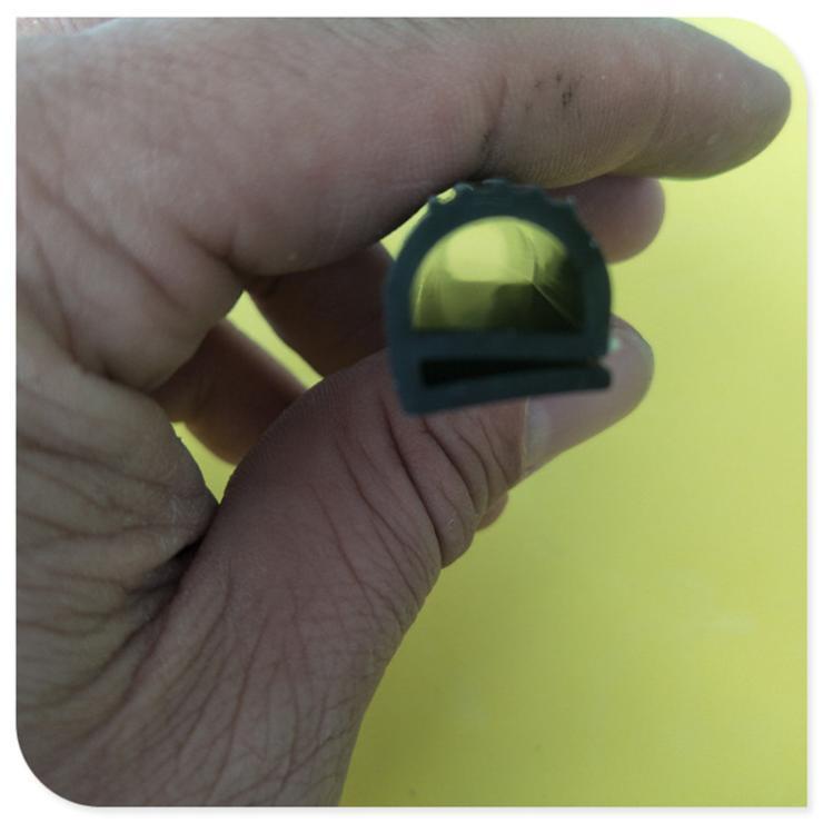 E型橡胶发泡条移门防撞橱柜消音背胶防风eva