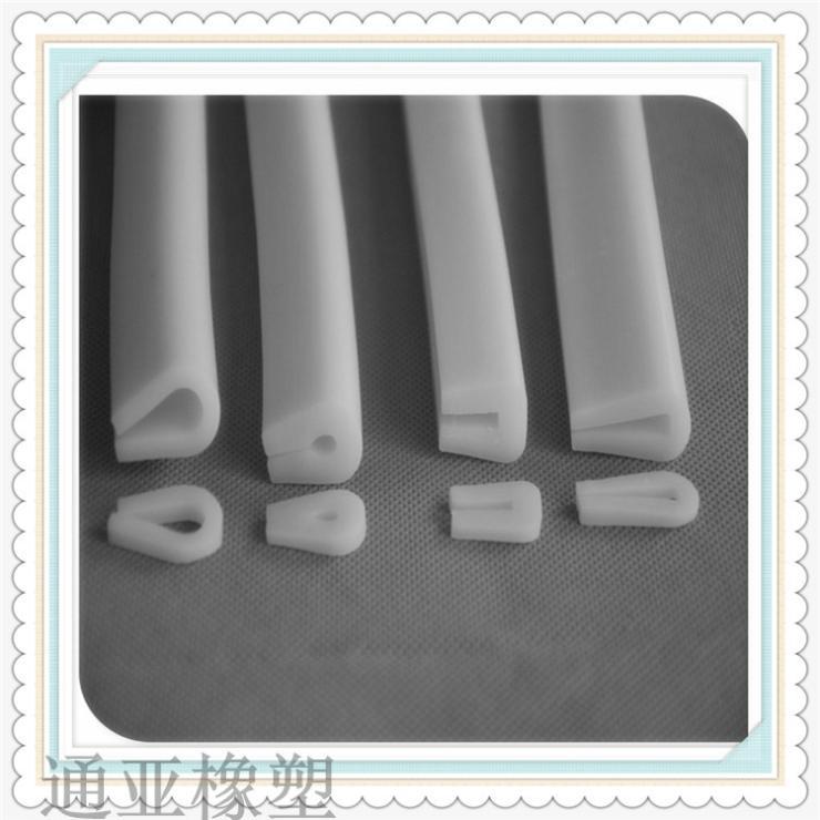 通亚橡塑PVC U型弹性体密封条 防阻燃耐高温密封条