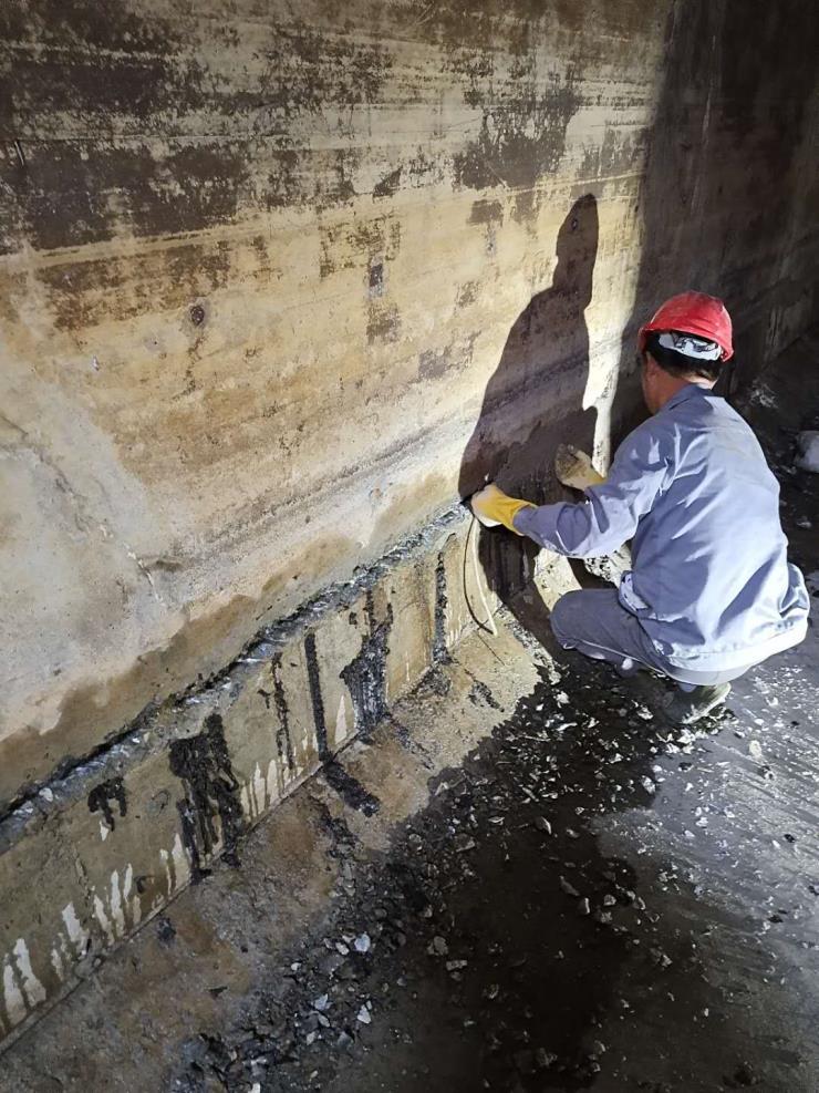 臺州市防水堵漏服務,電梯井堵漏,地下室補漏,地下車庫補漏