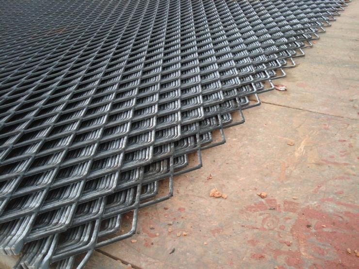 【钢板网】 脚踏网 异型钢格网可定制 钢板网黑片