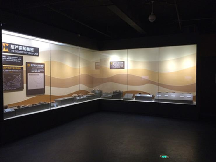 展示柜,文物展柜,博物馆展柜,恒温恒湿展柜-隆城打造