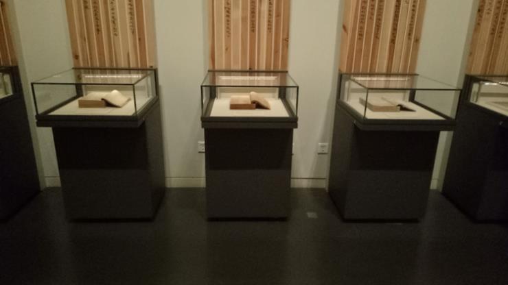 深圳市博物馆展览展柜-博物馆展柜制作定制厂家