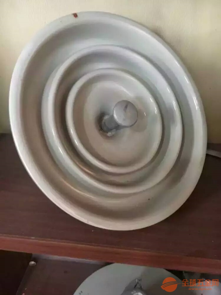 北京悬式瓷绝缘子XP2-70专业报价欢迎咨询