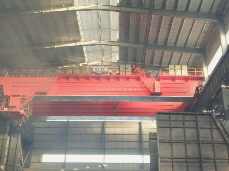 20吨跨度22.5米电动悬挂过轨起重机√矿山集团安装