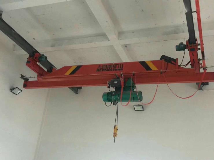 2.8吨跨度19.5米电动葫芦双梁起重机√成武县生产厂家