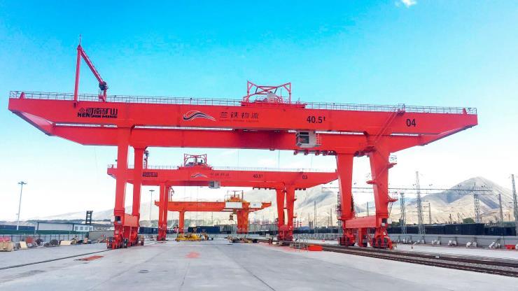2.8吨2.9吨跨度19.5米电动单梁悬挂起重机√扎