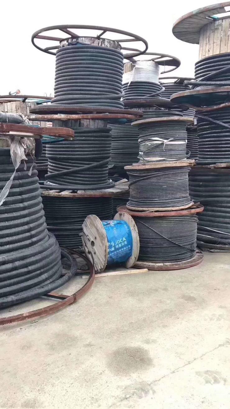 标准 吐鲁番市通信线回收公司 通信线回收电话多少