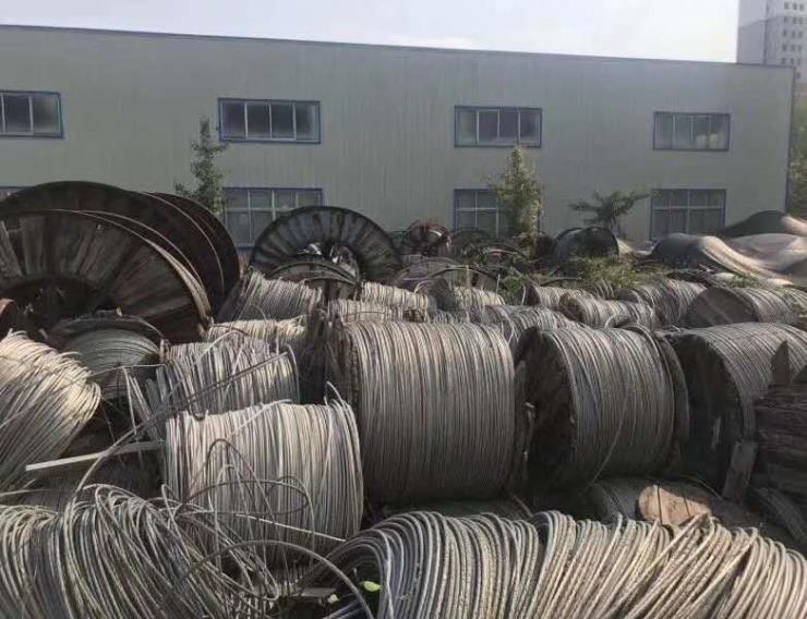 厂家 泸州市300电缆回收公司 300电缆回收欢迎您