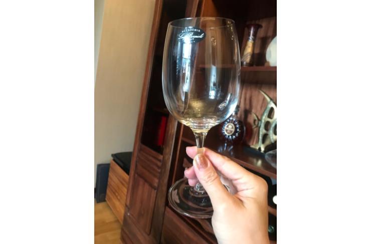 酒店葡萄酒杯批发无铅高透红酒杯专用高脚杯批发定制
