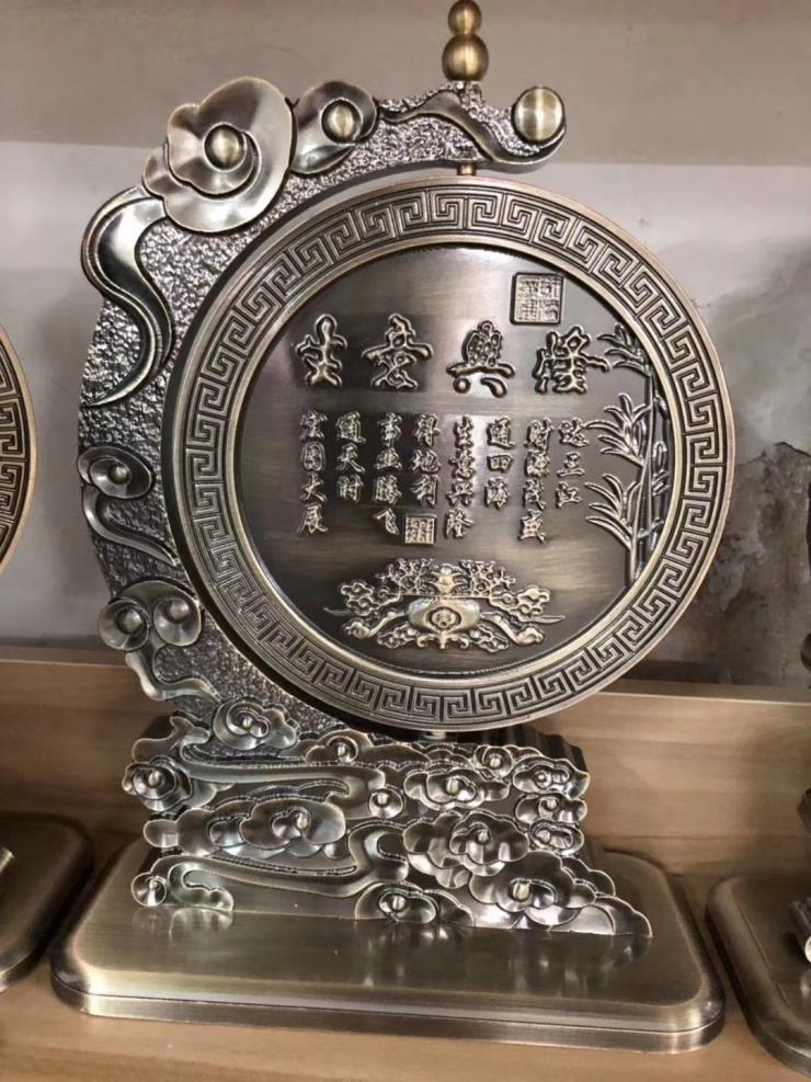 铜铝雕刻艺术品