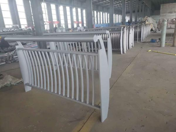 东海县灯光护栏规格