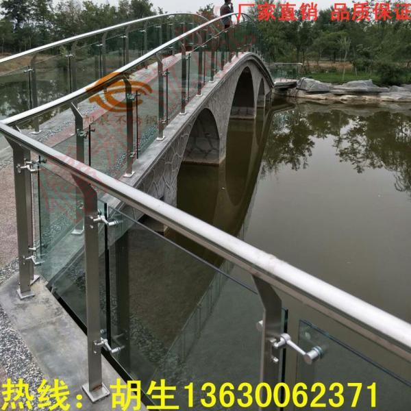 興隆臺區316高X鏡面不銹鋼酒店工程立柱