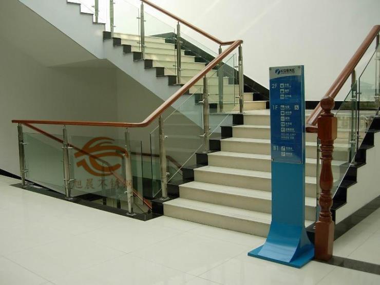 黑龙江30460不锈钢园管楼梯立柱加工