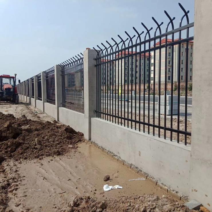 新余學校圍墻欄桿看圖定制