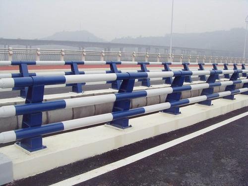 滁州橋梁防撞護欄廠家