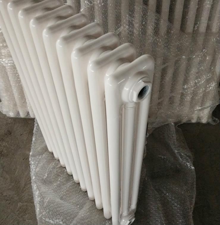 GZ3-6-1.0型钢制三柱散热器