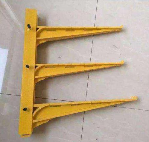 东莞模压一托二线支架标准尺寸