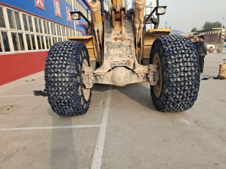 九江壓路機輪胎防護鏈銷售