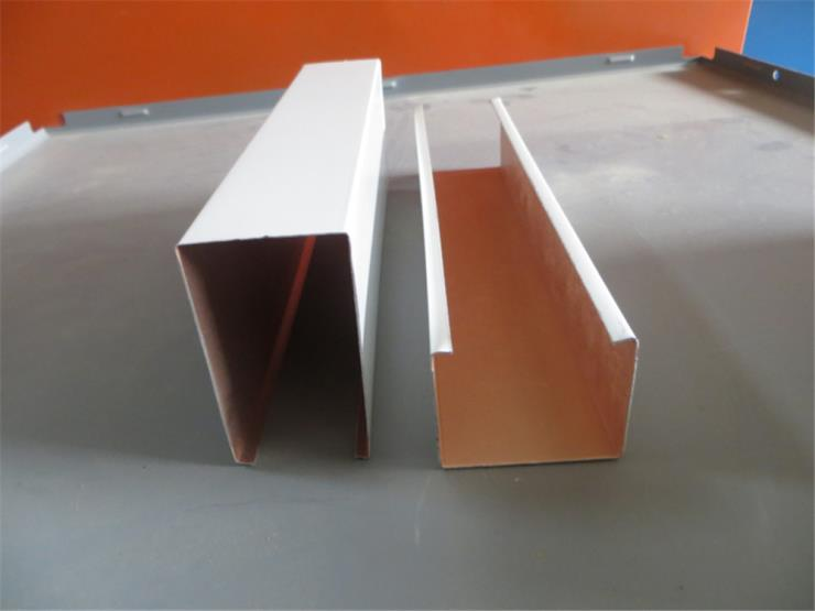 铝方通定制 热转印木纹铝方通铝方管