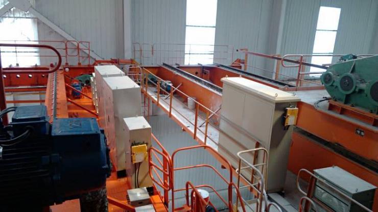 74吨门式起重机301型1.5m3单轨抓斗起重机电葫