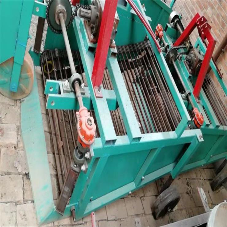 自贡红薯收获机挖红芋的机器土豆花生胡萝卜收获机