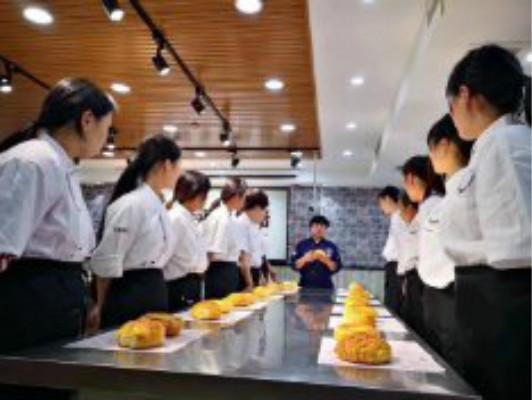 山東菏澤西點培訓蛋糕面點培訓有幾家?