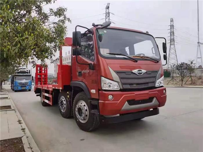 国六排放小三轴拉20吨顶管机平板车厂家批发