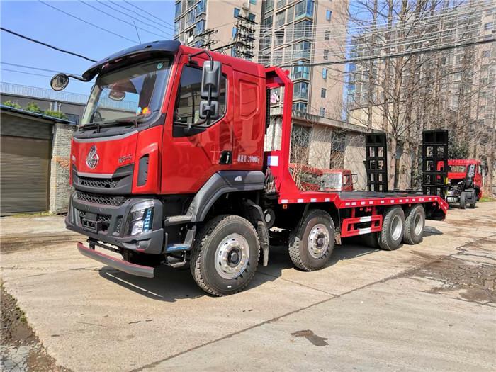 国六柳汽前四后八平板拖车多少钱 拉36吨挖机的平板车