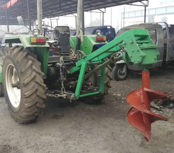 特價供應新型懸掛式拖拉機挖坑機_植樹挖坑機苗木