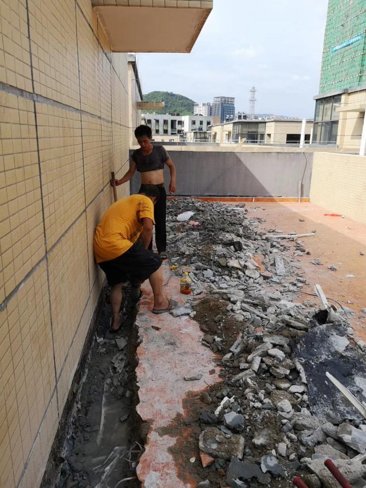 深圳外墙装饰公司黄江彩钢房堵漏,防锈防腐