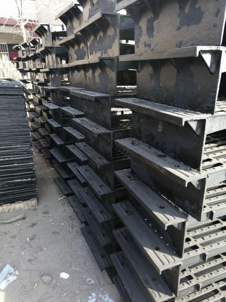 铸铁地沟盖板