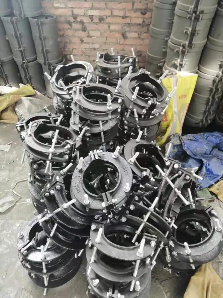 长沙聚源抢修用dn900哈夫节价格