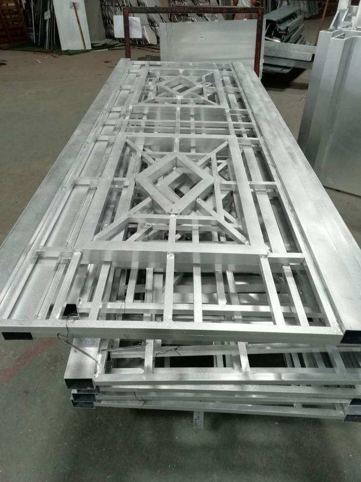 江门铝窗花施工