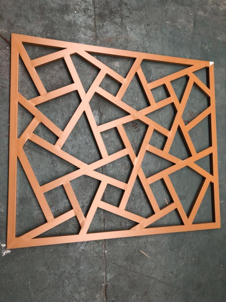 六安冰裂纹橡木纹铝窗花设计