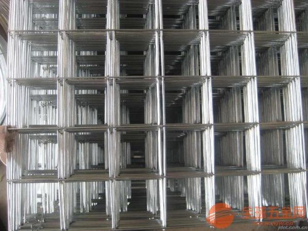 山东隔离高速公路的护栏网价格生产厂家