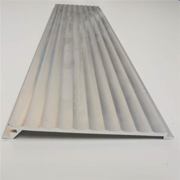 山西黄色金属板半圆铝型材长城板