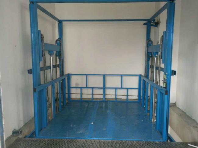 萊陽市導軌升降機價格-雙杠升降貨梯廠家