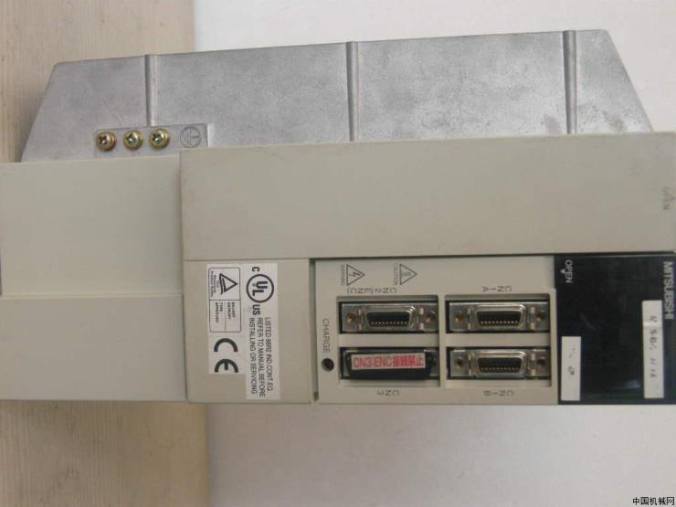 HC-RFS103三菱伺服電機