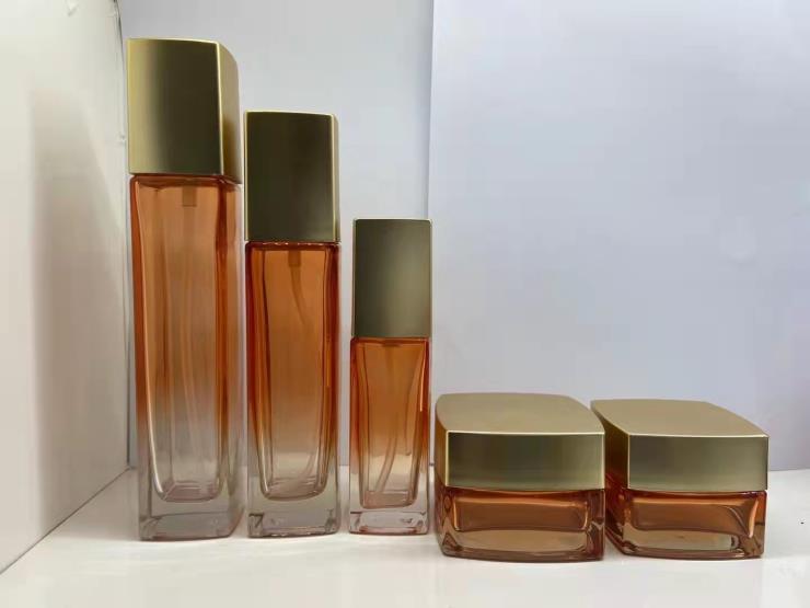 化妆品套装瓶厂家 玻璃空瓶生产厂家 化妆品空瓶厂家