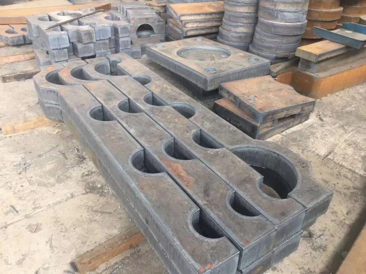 钢板切割轴承基座数控火焰下料按尺寸定制