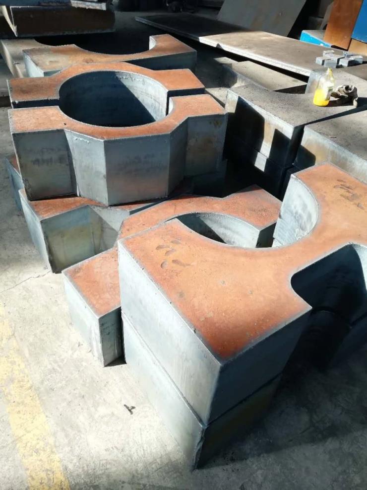 海阳钢板数控切割下料中心